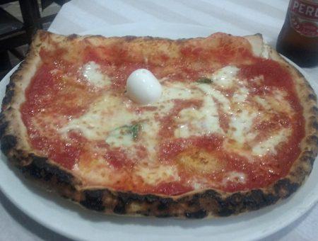 """Pizzeria Leopardi """"così così"""", ma quello che conta è la pizza senza glutine"""