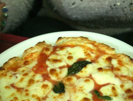 """""""Pizza in Piazza"""" del Plebiscito: sorpresa senza glutine al centro di Napoli"""