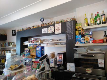 Caffè pasticceria Pace, cornetti gluten free a via Manzoni