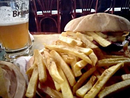 Johnny's Irish Pub, la paninoteca senza glutine vicino a Piazza Vanvitelli